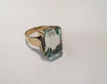 1940s Aquamarine ring size 5.  Item #8