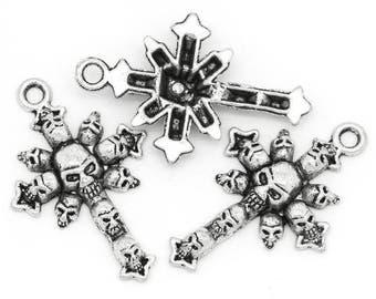 5 Antique Silver Tone Skull and Cross Pendant 4.3x2.8cm (B168h1)
