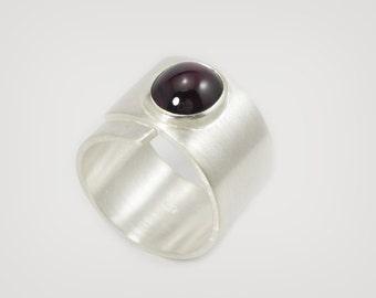 "Silver - ring ""Garnet"""
