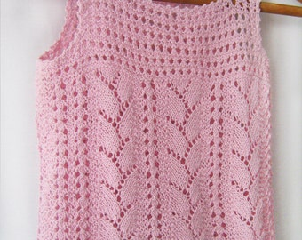 A pink butterfly-summer hand knitting top for girls
