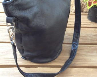 Vintage Stone Mountain Leather Bucket Hobo Shoulder Bag