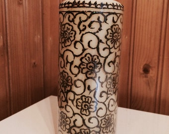 Handmade henna candle