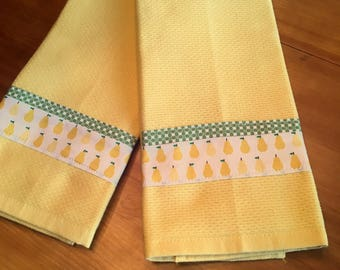 Yellow Tea Towels with Little Pears (a pair)