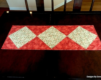 Quilted Table Runner, Quilted, Reversible Table Topper, Table Decor, Dogwood Blossoms, One of a Kind, OOAK, Handmade Table Linens