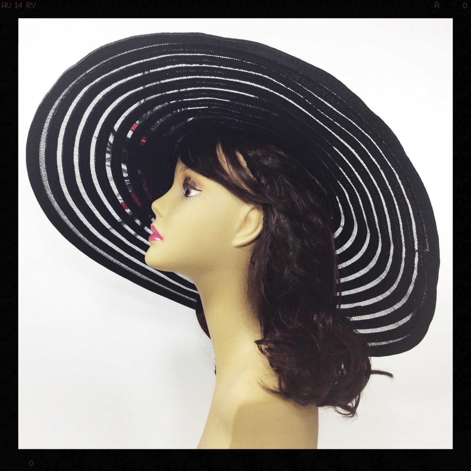 Stunning Red   Black Tea Party Hat 016fd1531e73
