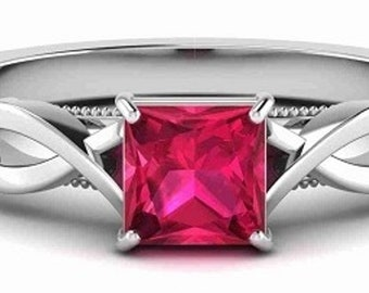 Diamond Ring 0.56CT VS-SI Red