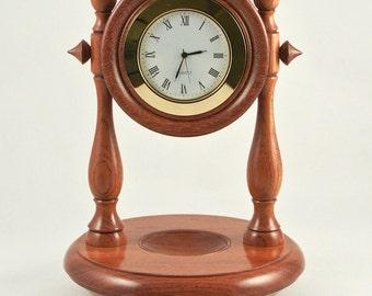 Desk clock.