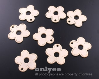 4pcs-17mmX17mmMatt Gold plated Brass Daisy flower Charms,pendants(K552G)