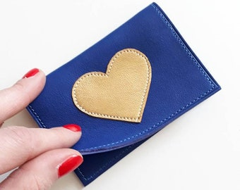 """Leather wallet """"hard blue"""" adorned with a Japanese fabric lining stitched gold heart pattern"""