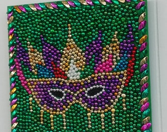 Mardi Gras Bead Art Mask With Feathers and Face Beads
