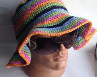 Womens bonnets, au crochet, bonnet, bonnet trapu, bonnet coloré, bonnet d'été, bonnet en tricot, chapeaux femmes tricot, bonnet de coton