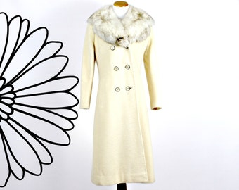 White Winter Coat Faux Fur 70s Youthcraft Wool Fur Collar
