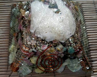 Orgone Pyramid Prehnite With Epidote - Watermelone Tourmaline-Morocco Crystal Natural Stone And Copper 70 MM