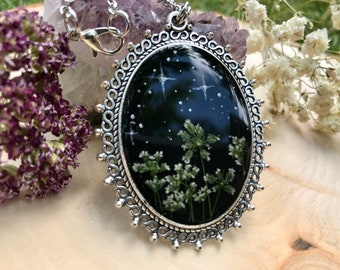 Starry Night with Real Pressed Flowers Encased in Resin, Pressed Flower Resin Pendant, Floral Necklace, Bohemian Necklace,