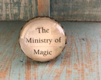 Harry Potter 'Ministry of Magic' Brooch