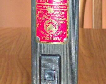 Vintage RAY-O-VAC 611 Permissible Hazard Flashlight