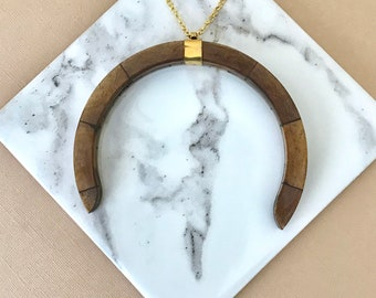 The Ellis - large wood horn necklace