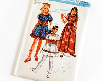 Vintage 1970s Girls Size 8 Peasant Dress in Two Lengths Simplicity Sewing Pattern 9244 Complete / chest 27 waist 23.5