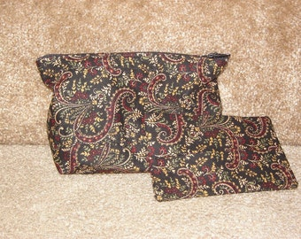 Zippered Pouch with Tissue Cozy-Kensington Paisley (Zip 41-G)