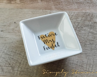 Personalized Ring Dish, wedding gift, engagement gift, Jewelry dish, bride to be, future mrs.