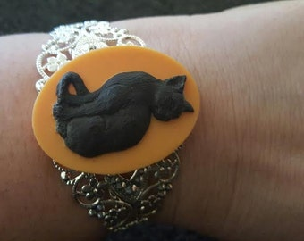 Cat, Cat cuff, Cat jewelry, catcon, Cat lady, Black cat, white cat, Gifts for her, Crazy cat lady, Kitty