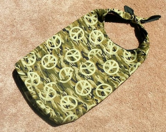 Purse Bag Tote Camo Peace Sign Design Square Knot Top Closure In Green