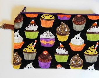 Notions Pouch, Halloween Cupcakes,  Knitting notion pouch, crochet notion pouch