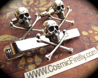 Silver Skull Cufflinks & Skull Tie Clip Men's Cufflinks Gothic Victorian Steampunk Cufflinks Pirate Cufflinks