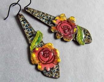 Recycled  tin earrings    *  888-6
