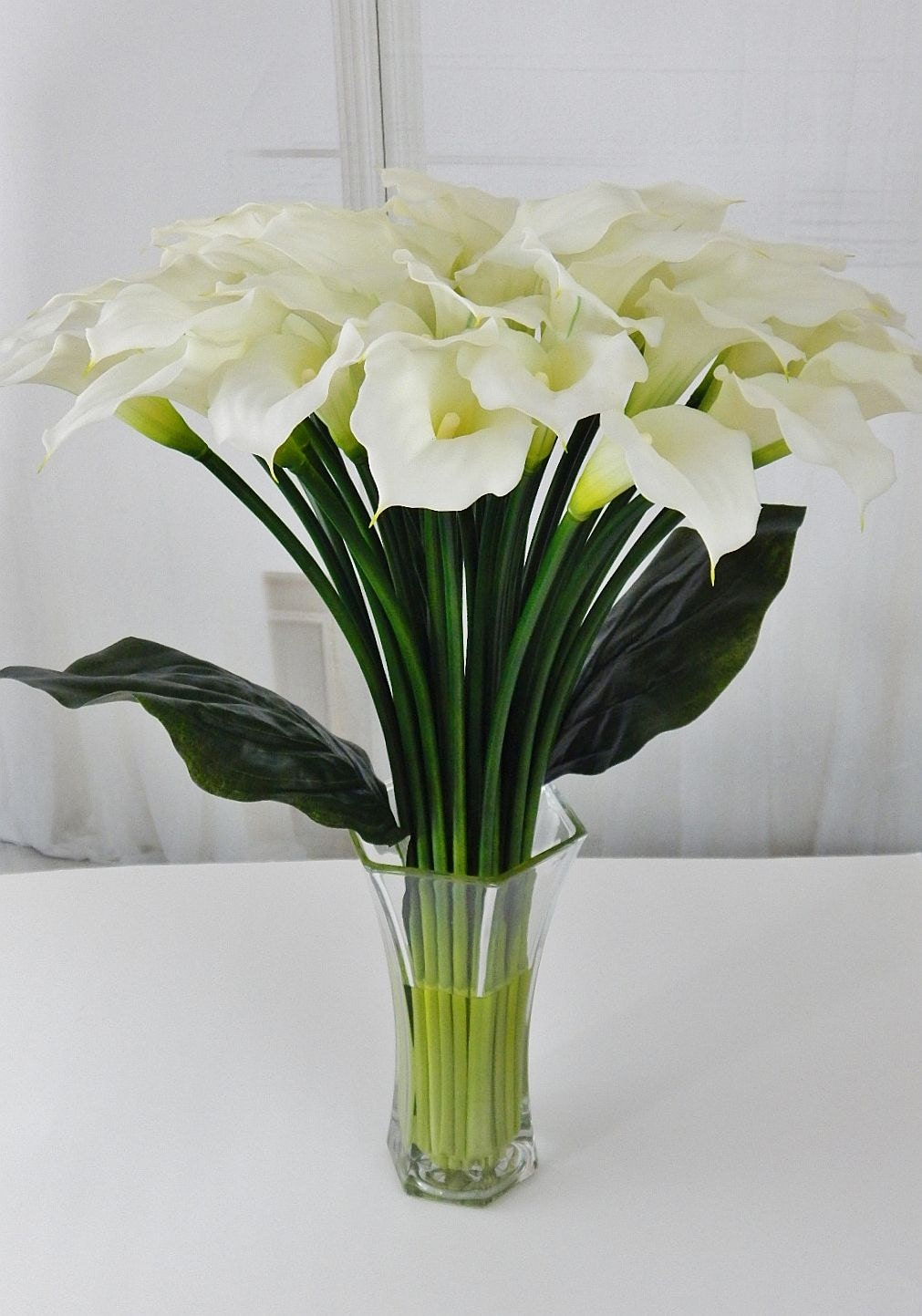 Largetall silk modern floral arrangement calla lilylilies largetall silk modern floral arrangement calla lilylilies white faux water acrylicillusion real touch flowers centerpiece glass mightylinksfo