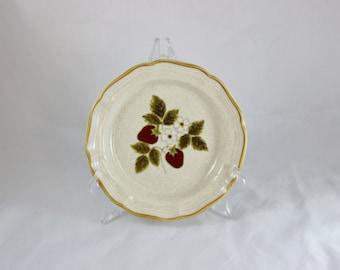 Mikasa Strawberry Festival Salad Plate