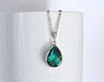 Green Bridesmaid Necklace, Emerald Necklace, Green Necklace, Green Bridesmaid Jewelry, Green Pendant Necklace, Emerald Bridesmaid Necklace