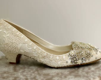 Low Heel Wedding Shoes.. Vintage Lace Shoes ..Blush and Ivory
