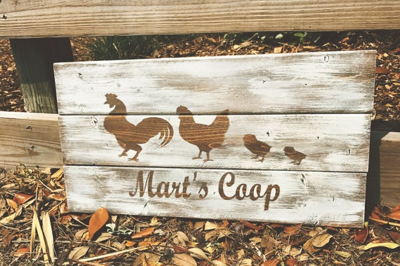 Personalized Farm Sign, Chicken Sign, Chicken Coop Sign, Last Name Sign, Family Sign, Rustic Family Sign, Rustic Chicken Sign, Home Decor