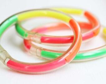 Neon Bangles, 80s Bracelet, Neon Bracelet, Plastic Bangle, Bangle, Clear Bangle, Retro Bracelet, 1980s Bracelet, 1980s, Neon Jewelry