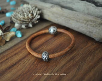 Ethnic Bohemian leather bracelet and silver
