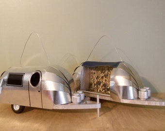Airstream Birdhouse and Birdfeeder Combo