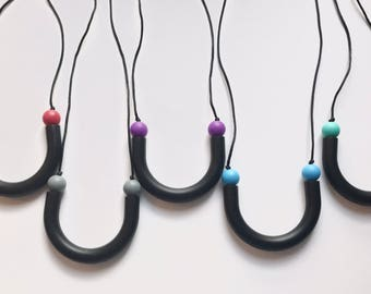 Chompy Sensory Tube Necklace-Black