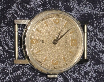 "Russian watch Soviet watch Vintage Watch Men watch Mechanical watch  -men's wrist "" Pobeda ""  watch USSR Vintage - SERVICED - leather band"