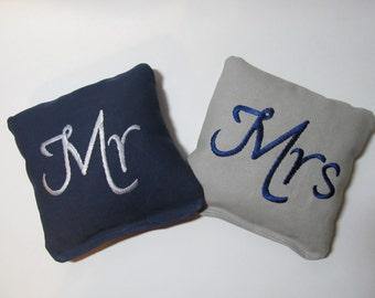 Wedding Mr and Mrs Cornhole Game Bags - Mr & Mrs - Set of 8 Shown in Navy Blue and Grey