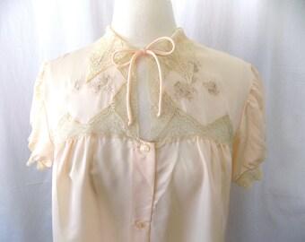 BARBIZON Satin de Lys Dressing Gown, Robe, Peignoir, Combing Coat, Lynette, in Pink with Lace, Medium