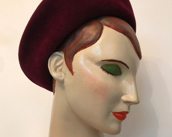 Vintage 1940s burgundy felt halo hat