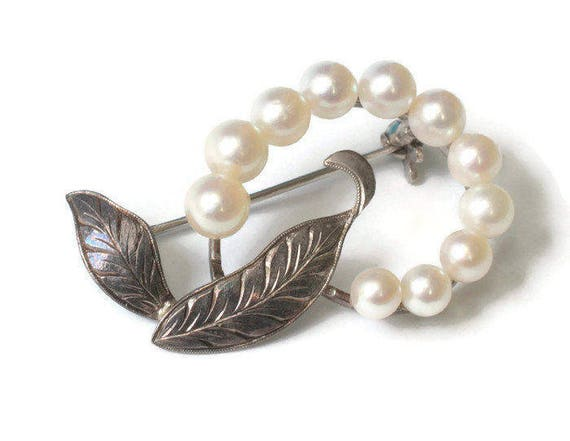 Cultured Pearl and Silver Swirled Leaf Pin Gift Wedding Vintage