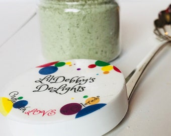 Aromatherapy Fizzy Bath Salts, all natural, Epsom salt, fizzy bath soak with essential oils and mica, Green.