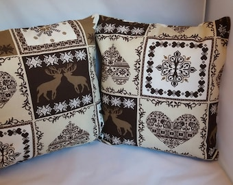 set of 2 Brown mountain pillow covers
