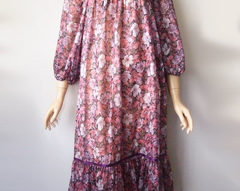 NIGHTIE // Vintage 1970s Nightgown Lolita Peasant Dress Style Sheer Gown Floral Print 70s Sleepwear Lingerie DDLG Womens Large XL
