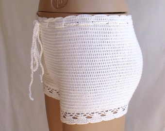 Crochet Short , ivory Crochet Beach Shorts Women's Clothing summer wear beachwear cotton beach shorts lace shorts swimsuit // senoaccessory