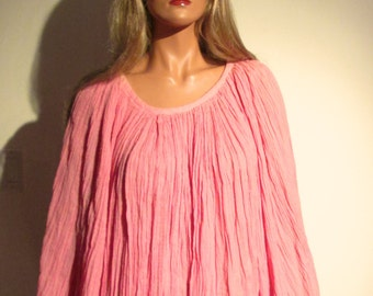 Lounge ware Top.  Peasant, Boho, Hippie.  Coral.  Vintage 1970.  New old stock, with tag.