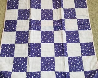 Purple hearts baby quilt