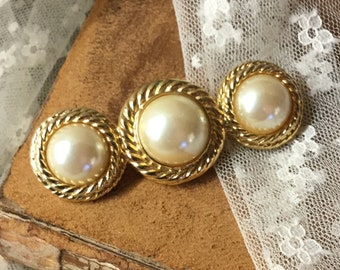 Luxe Triple Faux Pearl Gold Tone Bar Brooch Pin Unsigned 1970's 1980's Textured Rope Edge Round Circular Feminine Woman Day Career Wear